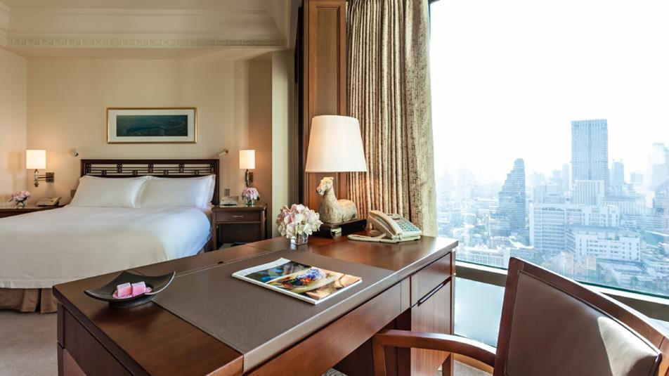 Deluxe room, The Peninsula Bangkok