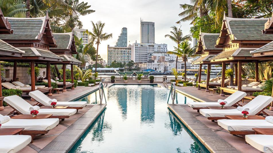 Swimming pool, The Peninsula Bangkok