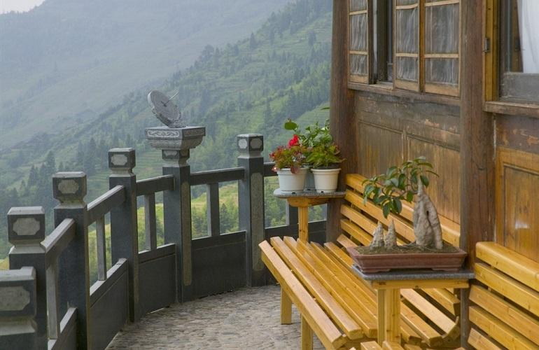 Balcony, Li An Lodge