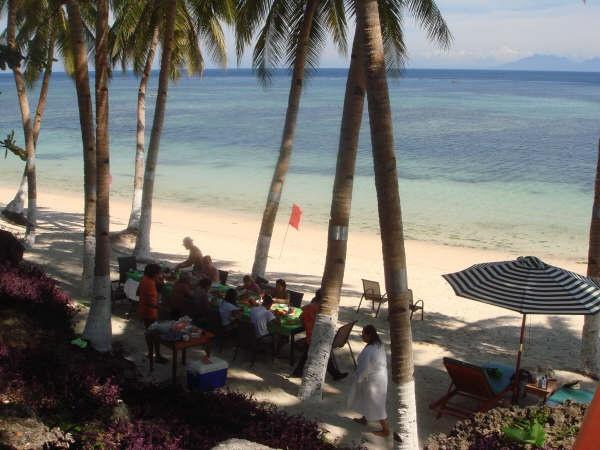 Lunch on the beach, Anda White Beach Resort