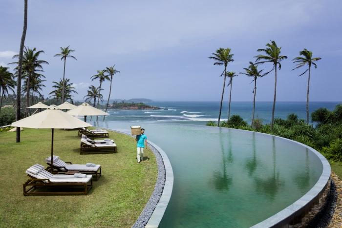 Moon pool, Cape Weligama