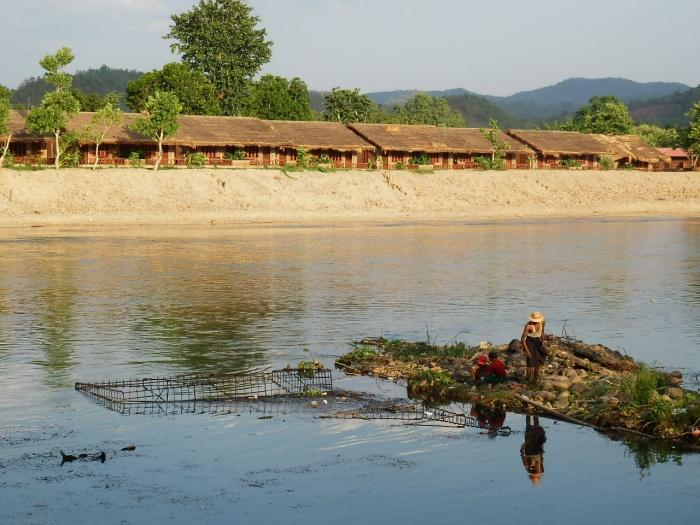 River view, Riverside @ Hsipaw Resort