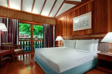 Queen guest room, Aiman Batang Ai Resort & Retreat
