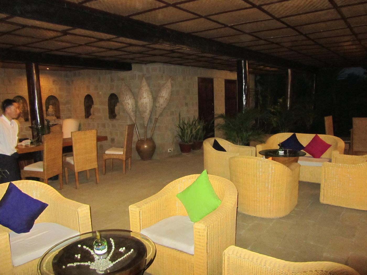 Lobby, Mrauk U Princess Resort