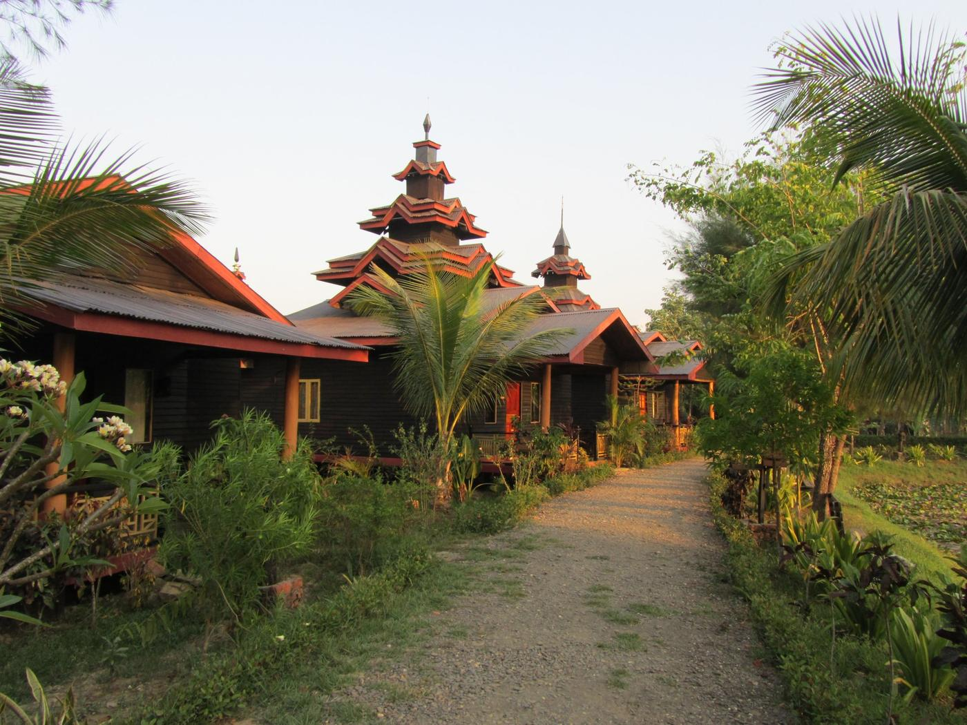 Bungalows, Mrauk U Princess Resort