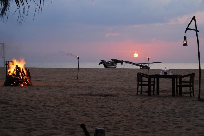 Sunset dining, Jetwing Beach Resort