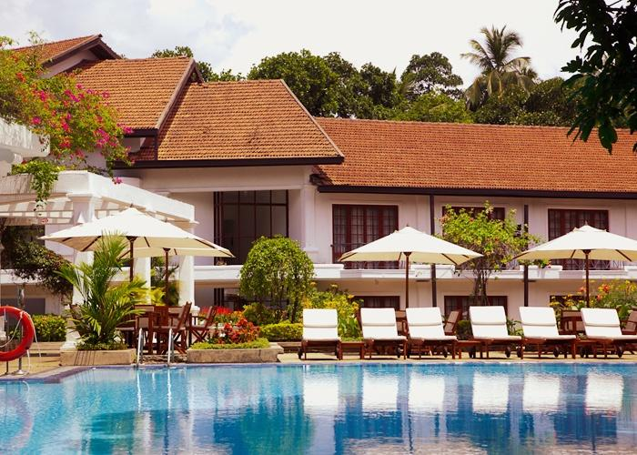 Swimming pool, Mahaweli Reach