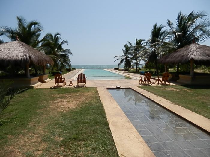 Swimming pool, Bar Reef Resort