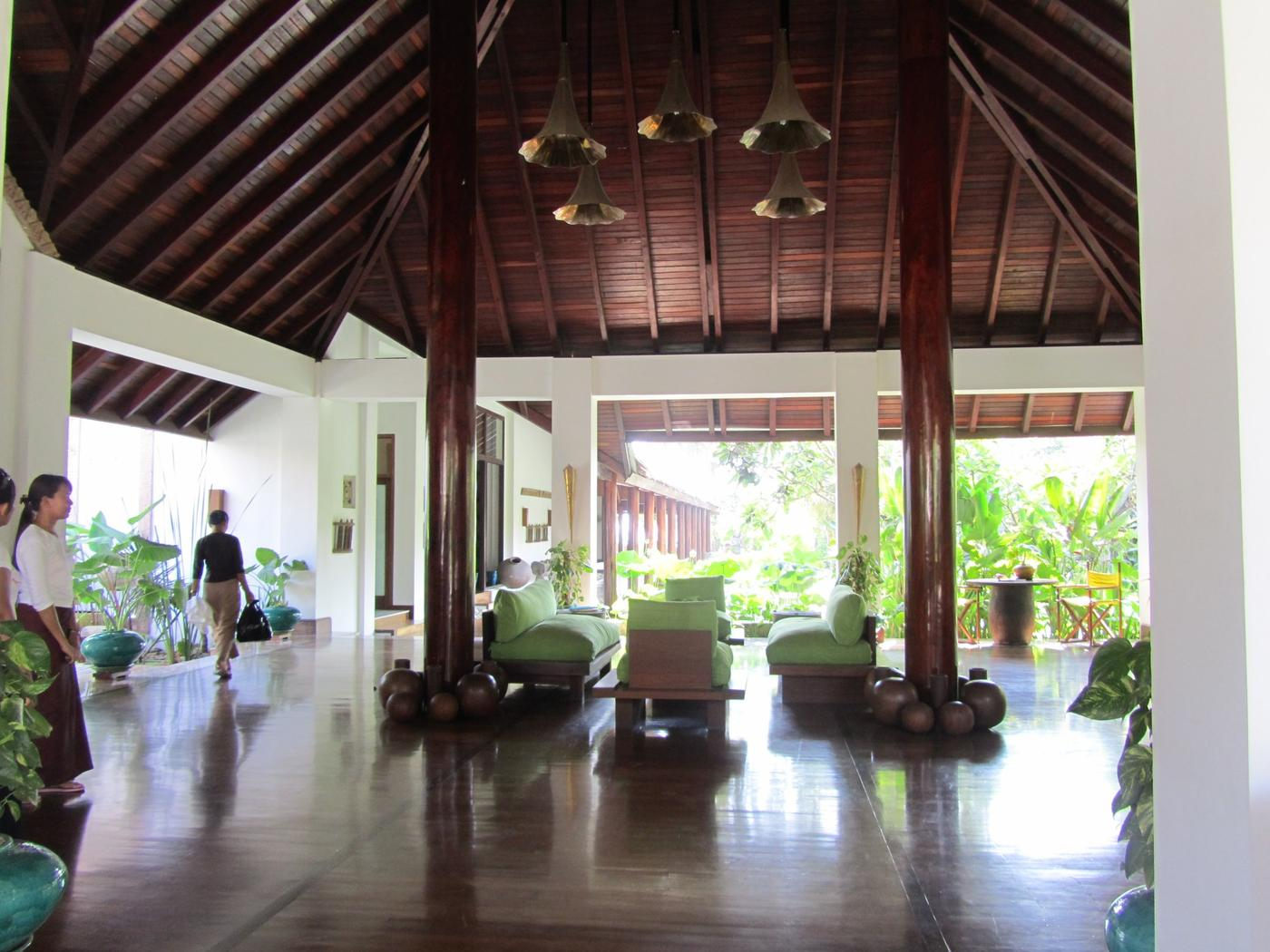 Lobby, Ngapali Bay Villas & Spa