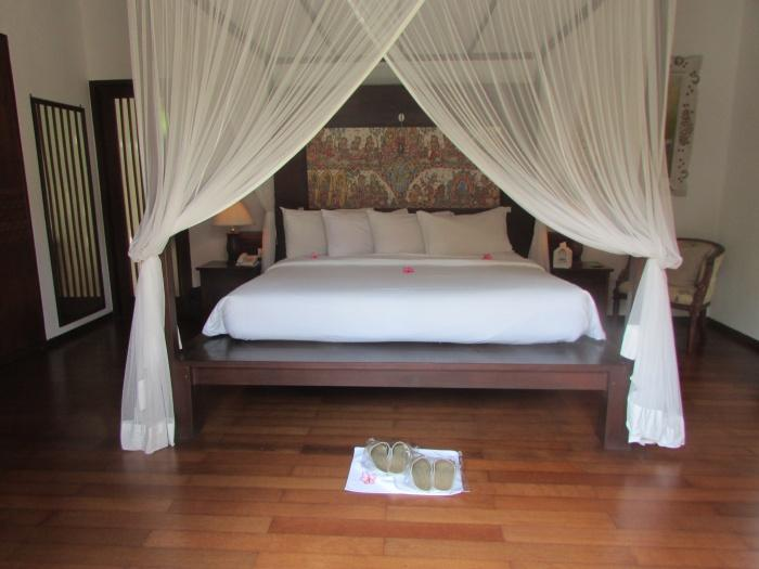 Bedroom, Puri Mas Beach Resort