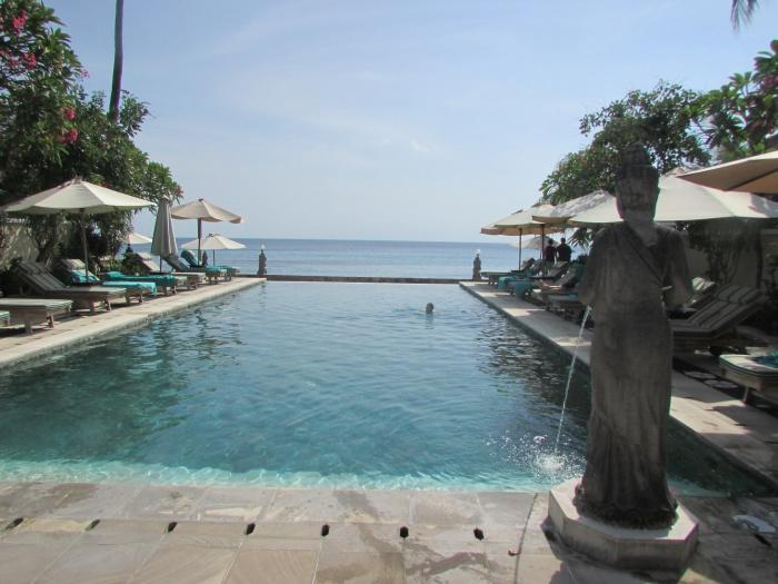 Swimming pool, Puri Mas Beach Resort