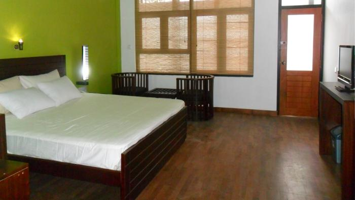 Bedroom, Subhas Hotel