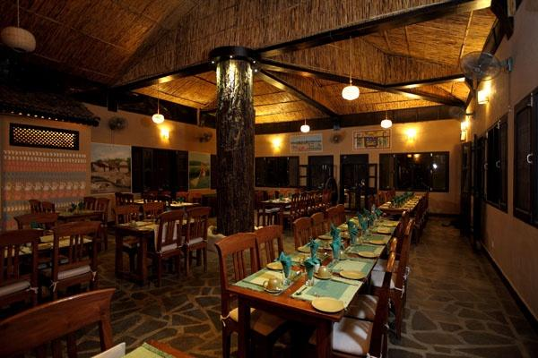 Restaurant, Jungle Villa Resort