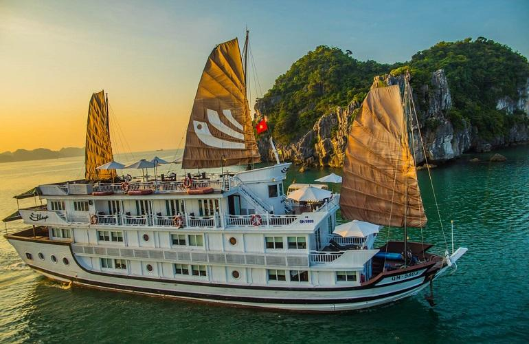 Bhaya Classic in Halong Bay