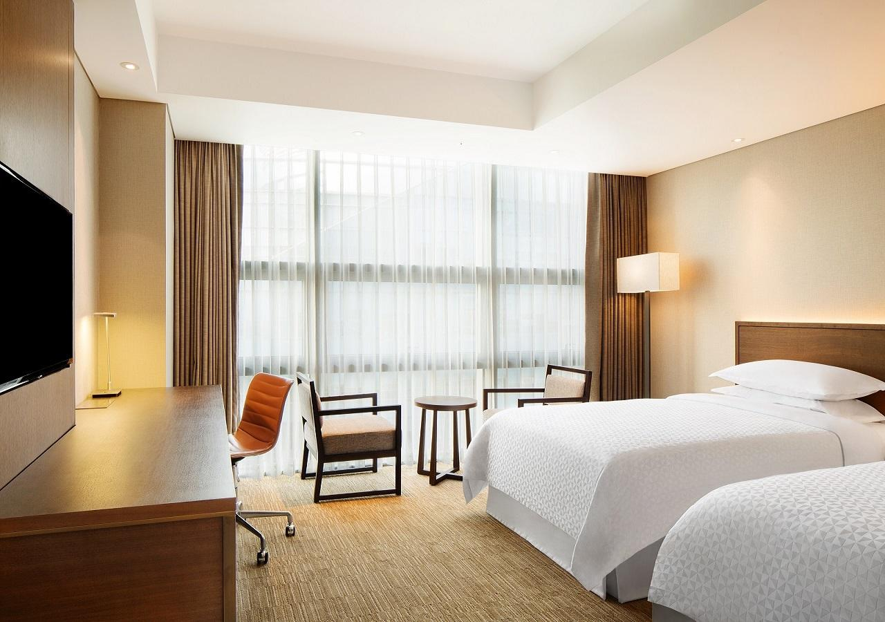 Deluxe Room, Four Points by Sheraton Namsan, Seoul