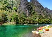Kayak around Vang Vieng