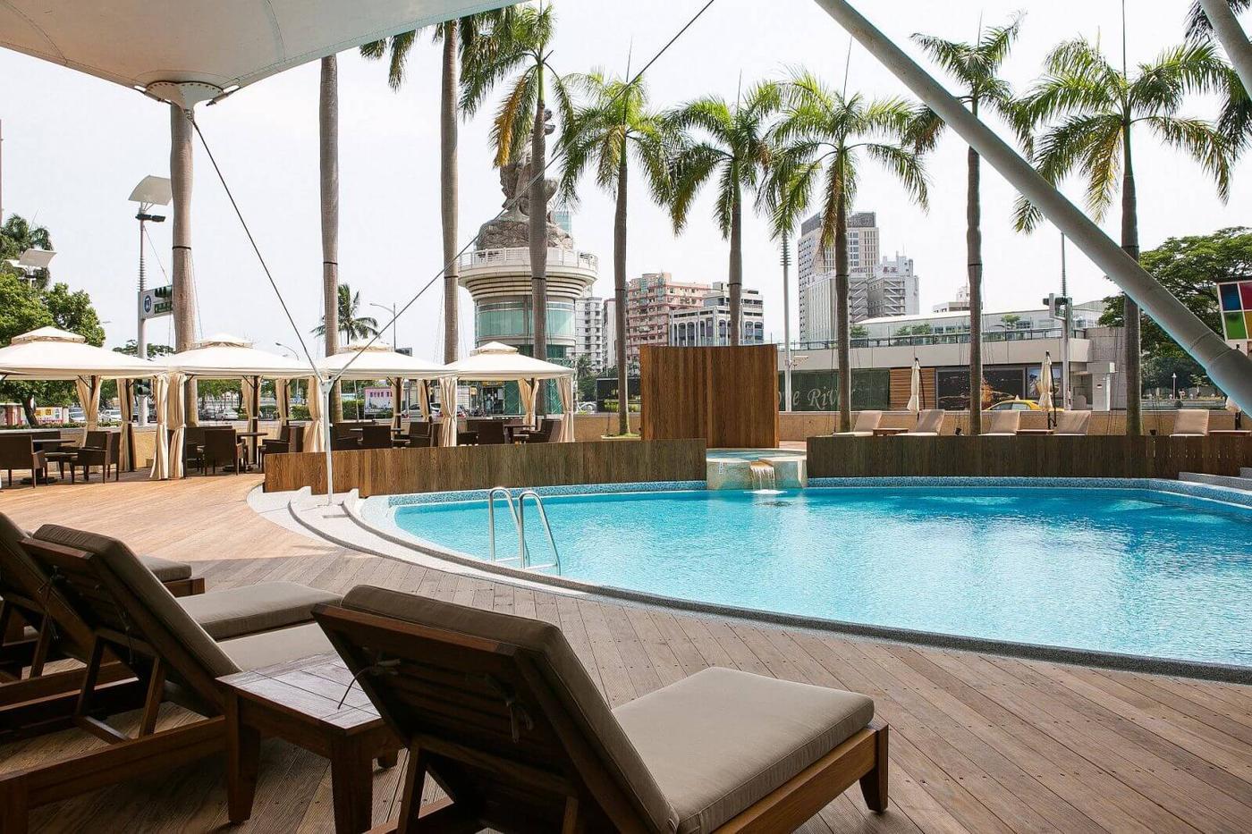 Ambassador Hotel Bamboo Travel
