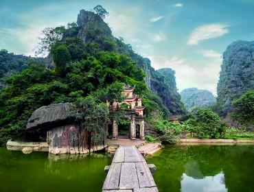Ancient Buddhist Temple, Ninh Binh