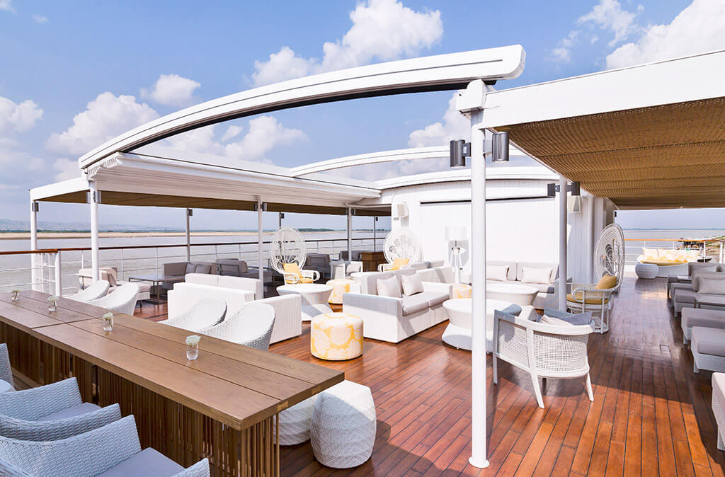 Sundeck, The Strand Cruise