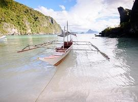 Island-hopping in El Nido, Palawan, the Philippines