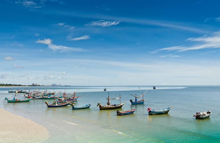 Beach and boats, Hua Hin