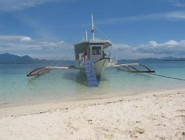Island-hopping in Honda Bay, Puerto Princesa, the Philippines