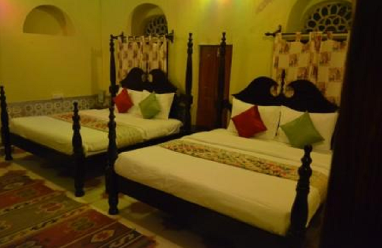 Bedroom, Malji Ka Kamra