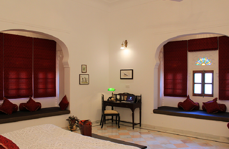 Bedroom, Dev Shree