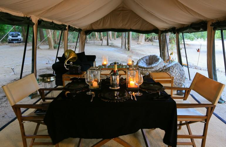 Dining, Leopard Trails Safari Camp