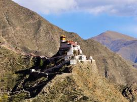 Yumbulagang Palace, Yarlung Valley