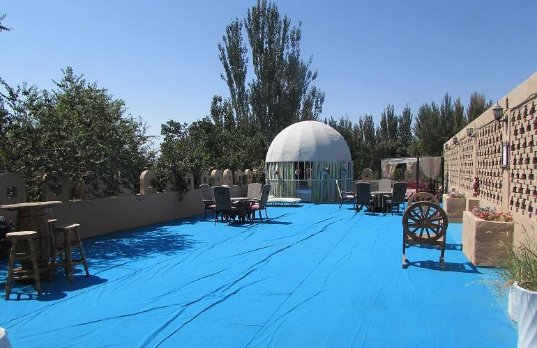 Roof Terrace, Silk Road Lodges - The Vines