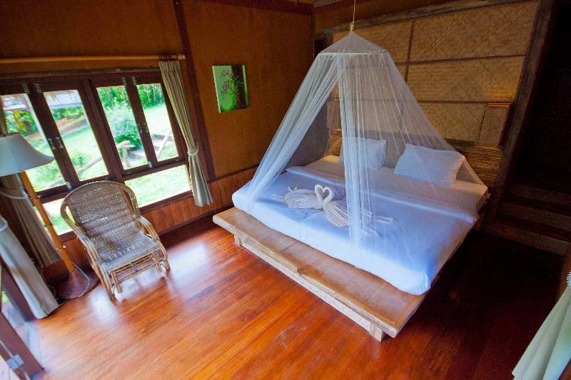 Cliff Top Room, The Cliff & River Jungle Resort