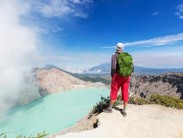 Hiking to Mount Ijen crater rim