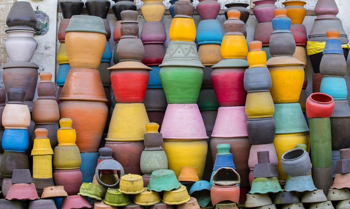Colourful clay pots, Ubud