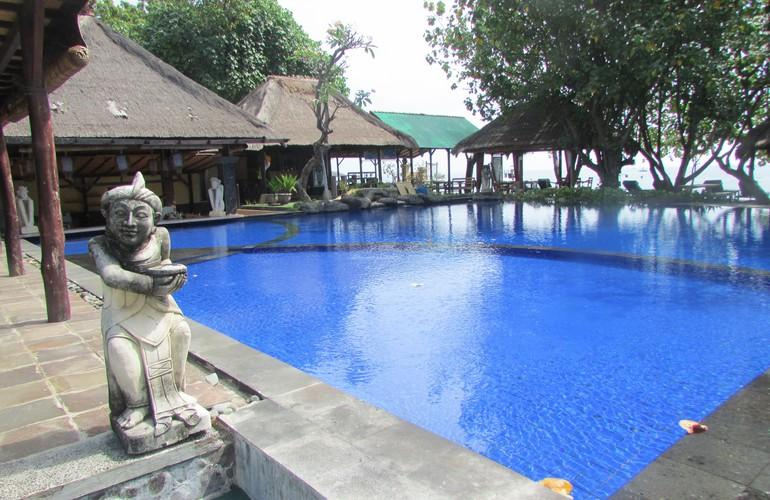 Main swimming pool, Amertha Bali Villas