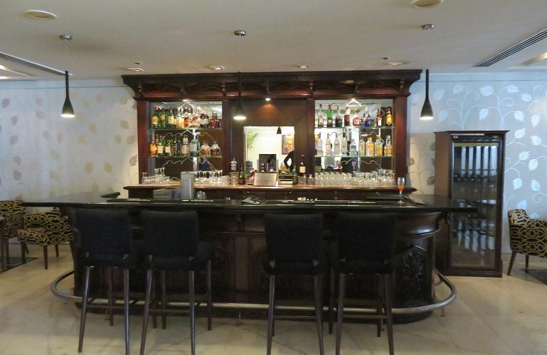 Bar, The Gateway Hotel, Agra