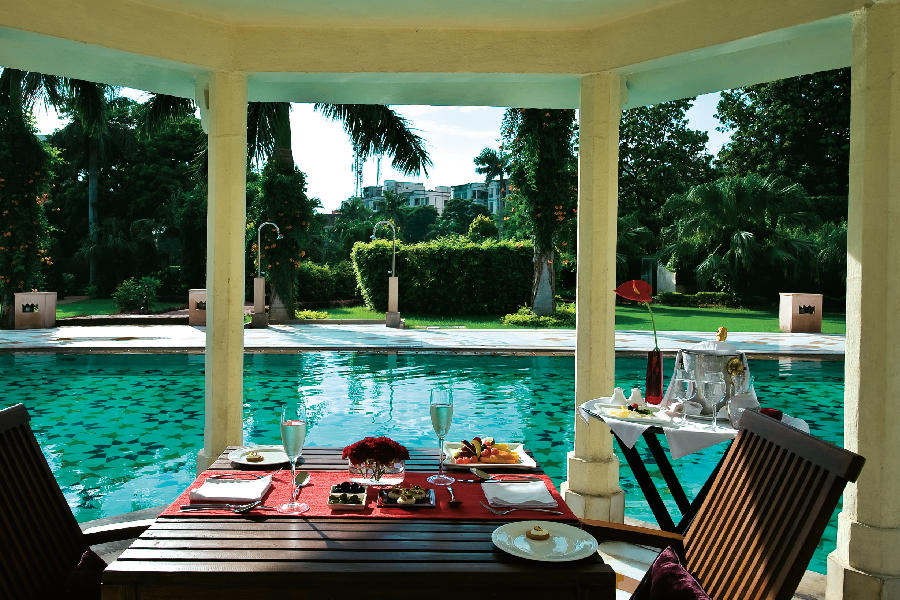 Pool Terrace, The Gateway Hotel, Agra