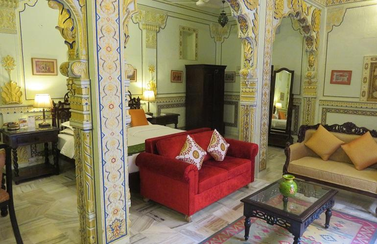 Bedroom, Pal Haveli