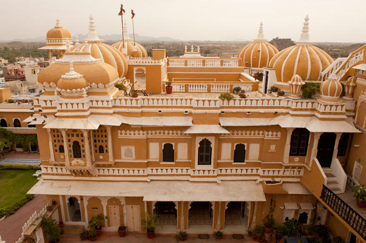 Overview, Deogarh Mahal