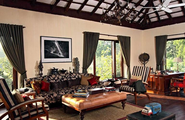 Lounge, Samode Safari Lodge