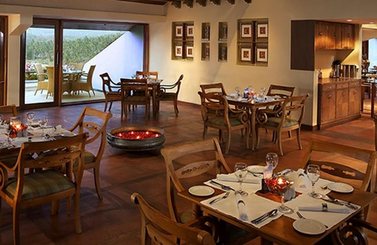 Restaurant, The Leela Kovalam