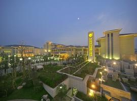 New Century Grand Hotel, Kaifeng