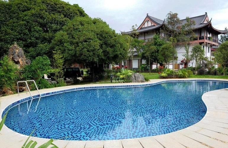 Swimming pool, Guilinyi Royal Palace