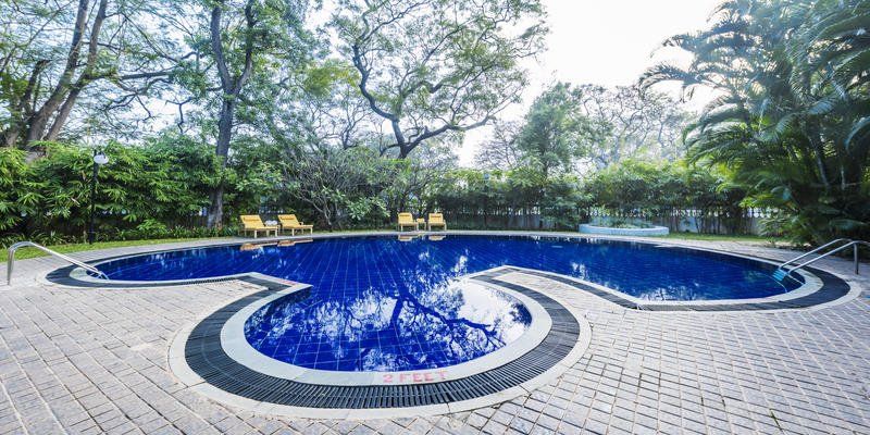 Swimming Pool, Royal Orchid Metropole