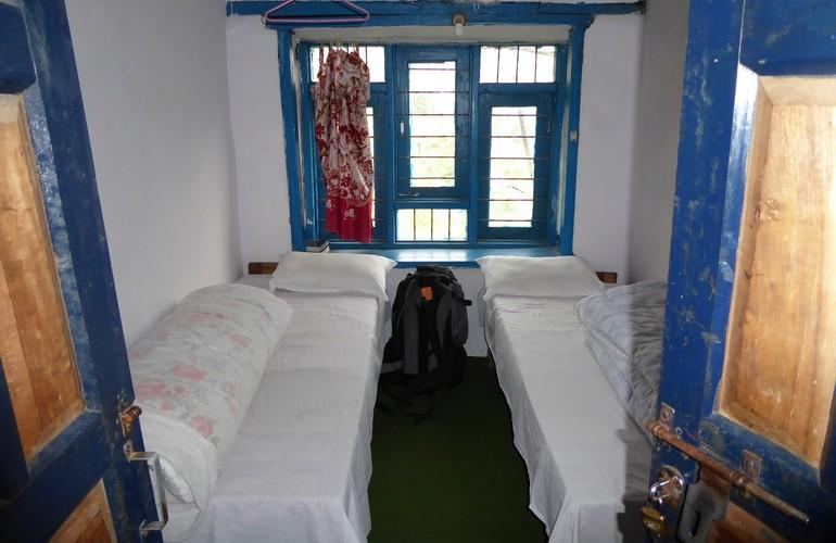 Bedroom, Himalayan Teahouses