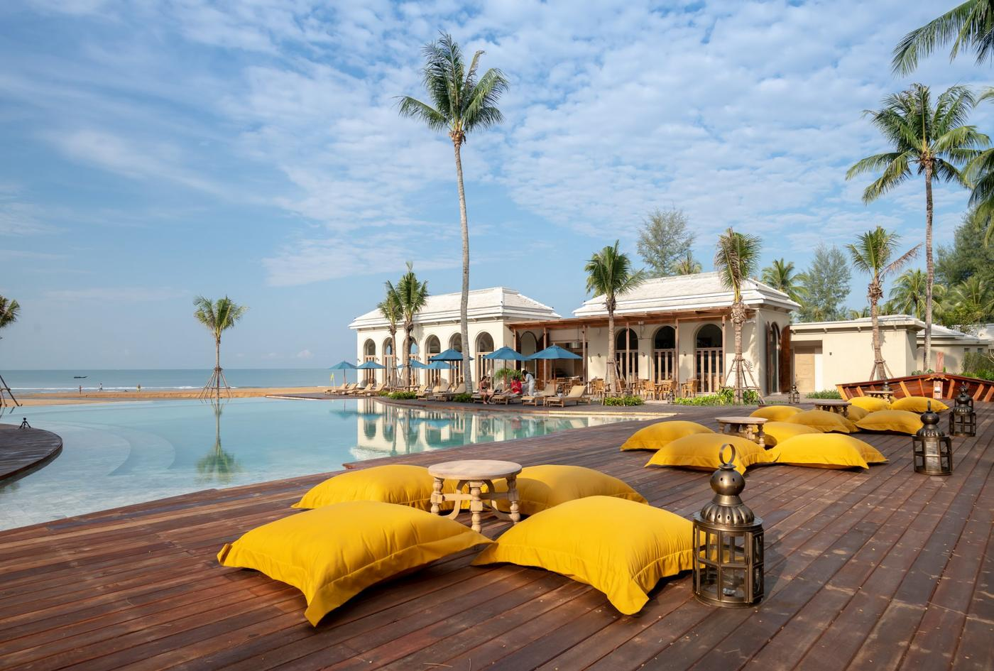 Main pool, Devasom Khao Lak
