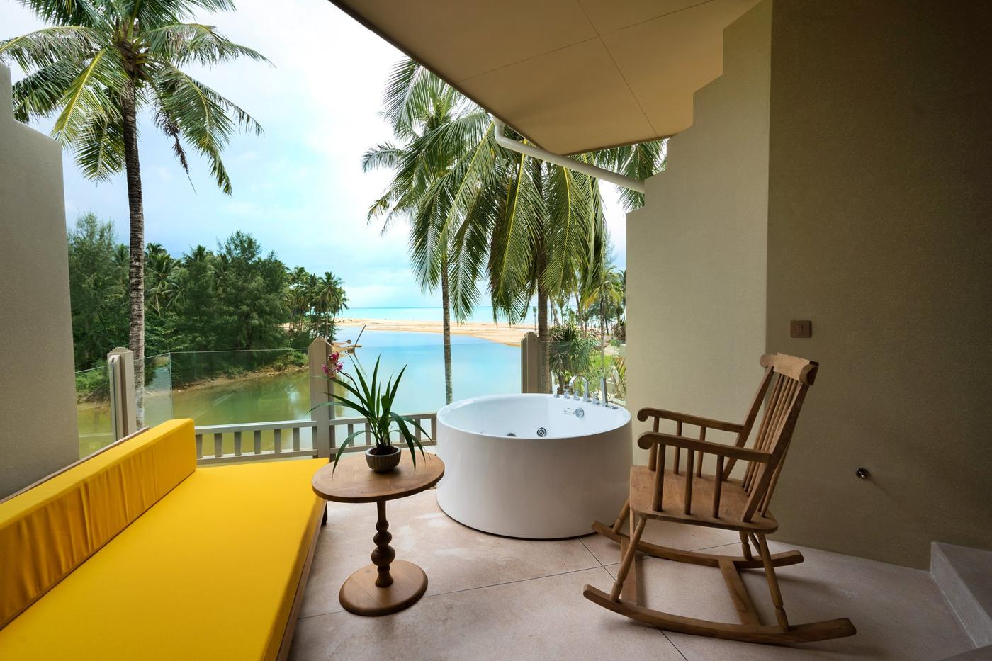Seaside Junior Suite, Devasom Khao Lak