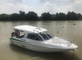 Speedboat to Cu Chi Tunnels