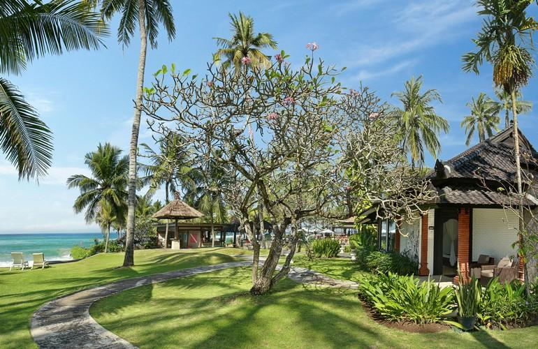 View, Deluxe Ocean Bungalow, Candi Beach Resort and Spa