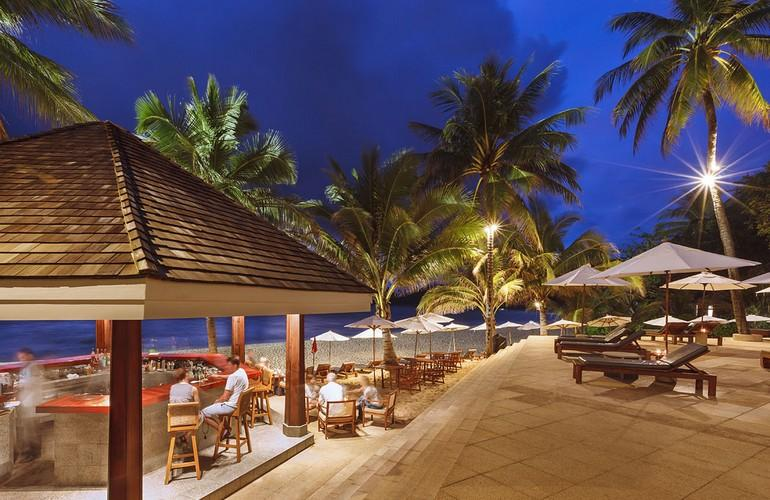 Beach Bar, The Surin Phuket